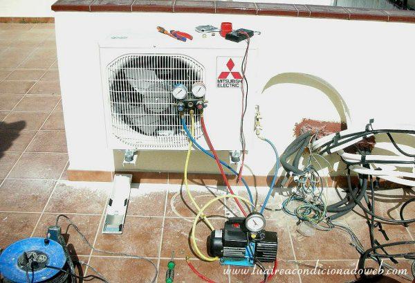 Instalar un aire acondicionado sin bomba de vacio - Manometro para compresor ...